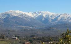La ruta que recorre 14 cumbres cacereñas de más de 2.000 metros llega a su sexta edición