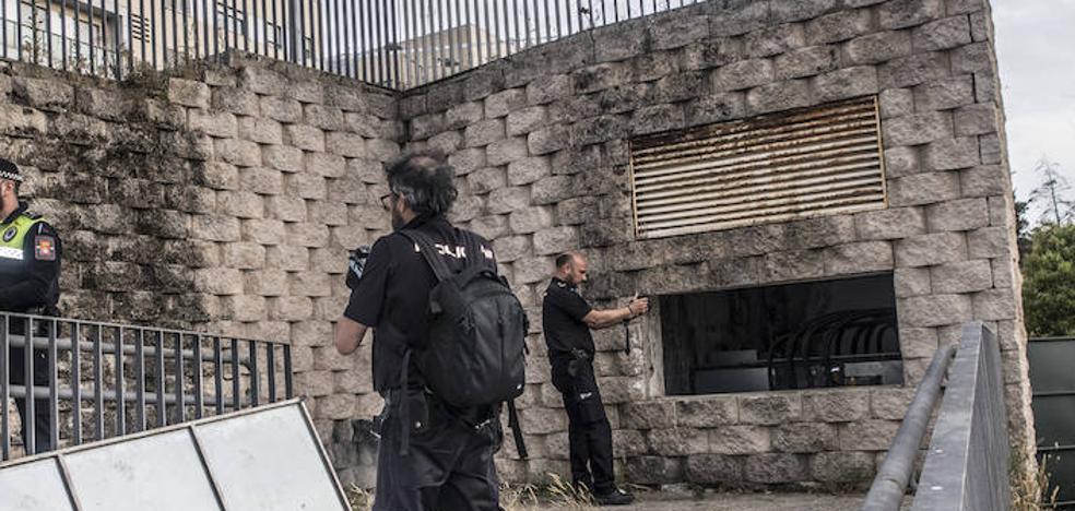 Un niño de 13 años herido muy grave tras electrocutarse en un parque del Gurugú, en Badajoz