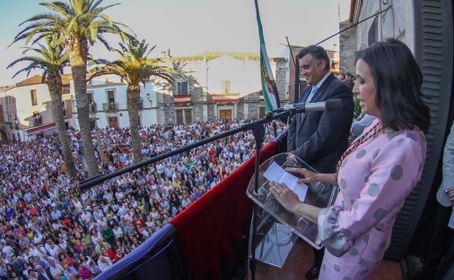 Presentan en Coria a Mamen Yerpes como abanderada de San Juan