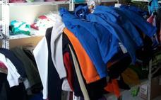 La Guardia Civil detiene a un vecino de Plasencia por falsificar ropa