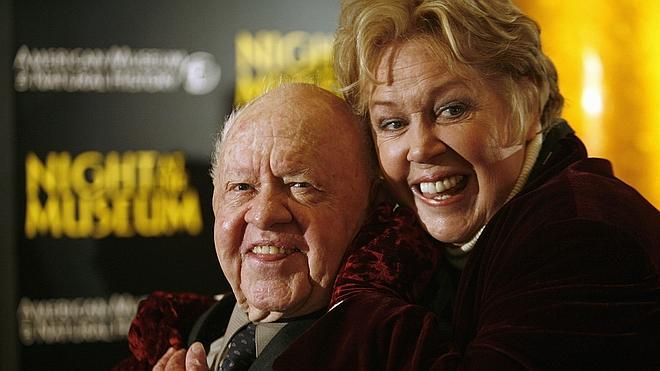 Disputa familiar por los restos de Mickey Rooney