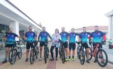 Siete policías locales peregrinan a Guadalupe en bicicleta
