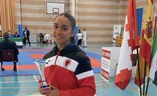 Paola García Lozano logra el Campeonato de Extremadura de karate