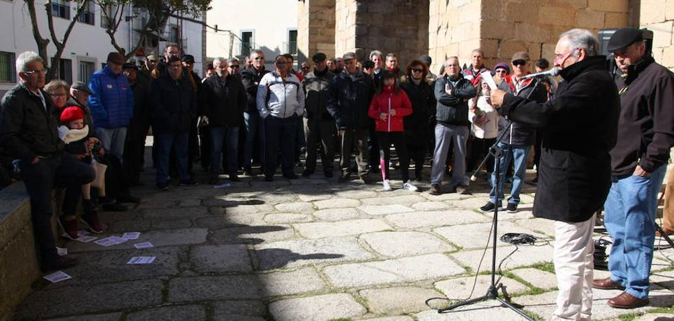 Arroyo de la Luz también sale a la calle en defensa de las pensiones