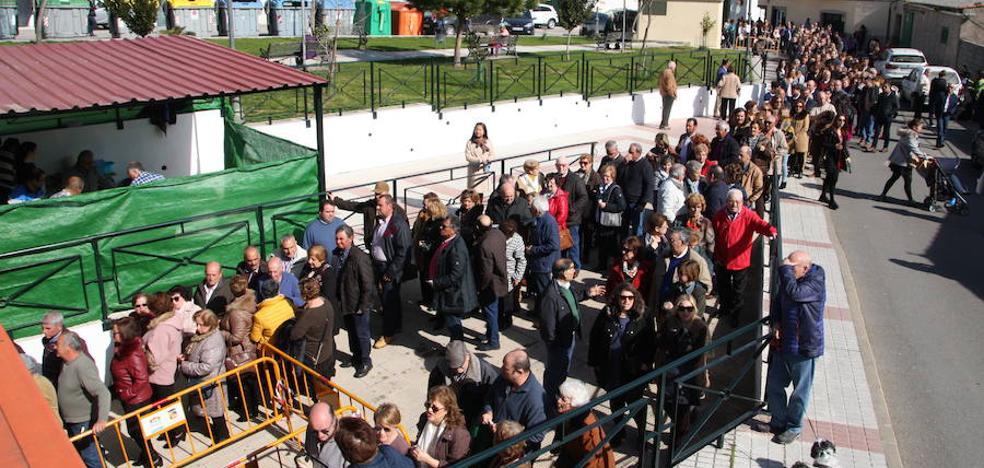 1.356 raciones repartidas en la XVI Fiesta Gastronómica de las Coles con Buche