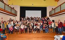 Los 49 niños nacidos en Arroyo en 2018 recibieron la bienvenida oficial
