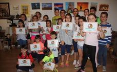 Clausura del curso de la Escuela de Pintura 'Arte 16'