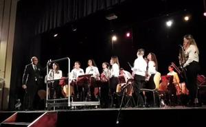 Las bandas de música de Cáceres, Alburquerque y Arroyo de la Luz participaron en el VI Encuentro de Bandas