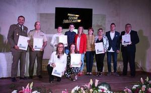 Entregados los Premios El Candil de la Dehesa y del V Rally Fotográfico Ambiental de Arroyo de la Luz