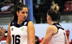 La brasileña Isabela Quiuqui, primera renovación del Extremadura Arroyo 19-20