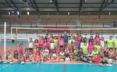 El alcalde de Arroyo de la Luz, Carlos Caro, clausura el SunVolley 6.0 en el que se mezclaron deporte y ocio