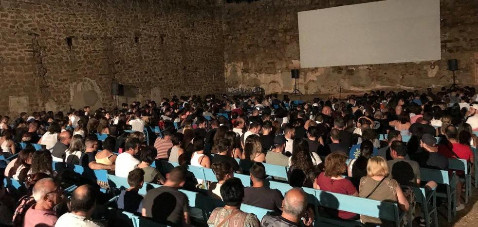 Vuelve el cine al Castillo de los Herrera