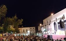 La Plaza de la Constitución vuelve a llenarse para recibir el festival de los 'Pueblos del Mundo'