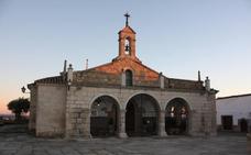 La Cofradía Ntra. Sra. Virgen de la Luz colabora con la AECC de Arroyo de la Luz
