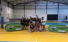 El Extremadura Arroyo se lleva también el Trofeo Diputaciones y espera ya el debú liguero el próximo sábado ante Rivas