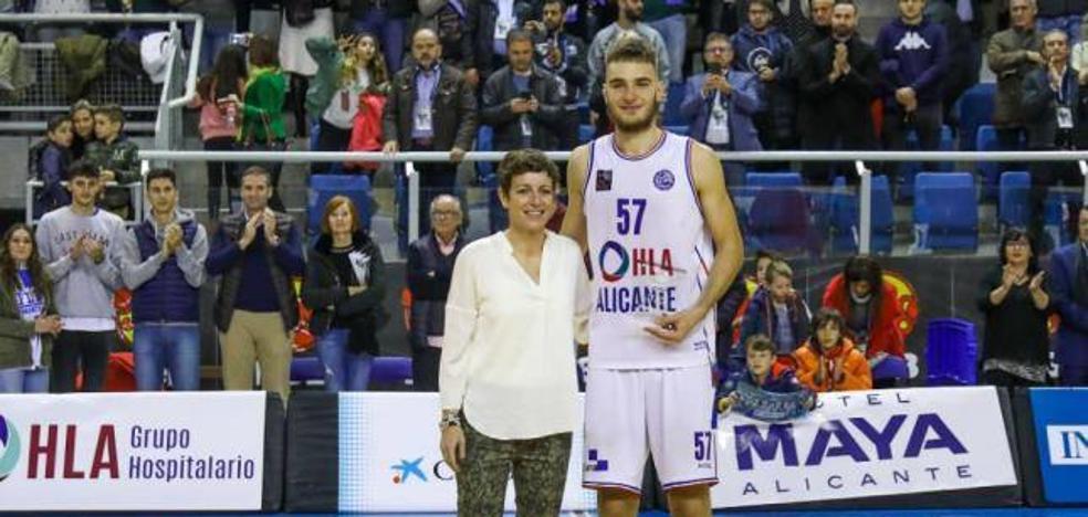 Alex Galán, MVP más joven de la historia de la Copa LEB Plata con el HLA Alicante