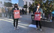 Los hosteleros de Calamonte protestan contra las medidas que les impiden abrir sus negocios