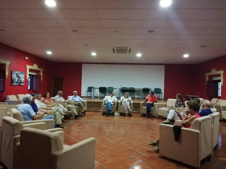 Entretenido encuentro con Rafi Cano en el Club de Lectura