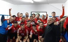 El 'Campa' vence al Fornacense (0-2) y se mantiene en la cabeza