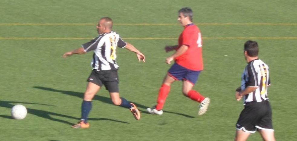 Los dos equipos de veteranos de Campanario ganan en la liga AFAS