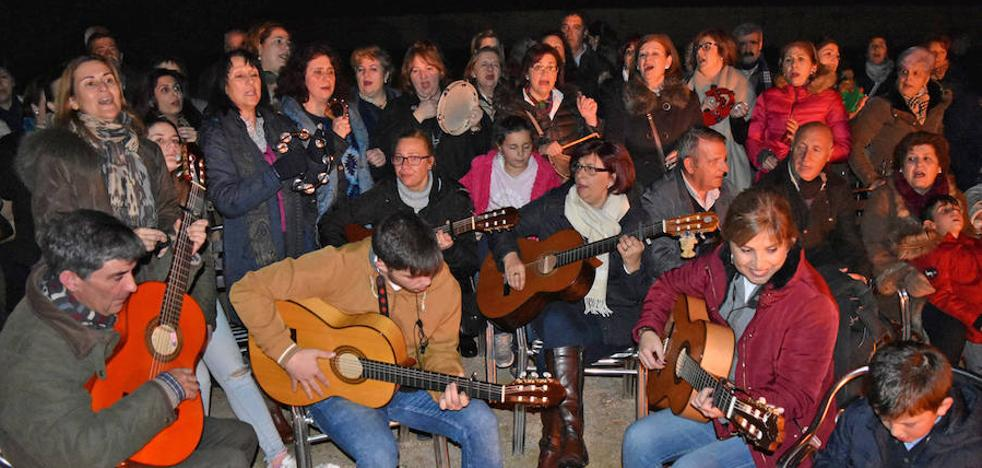 Serenata de villancicos y canciones populares por las calles, el viernes 21