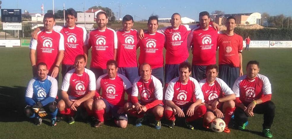 El Interserena de veteranos acaba el año venciendo al Texeira Don Benito (3-2)