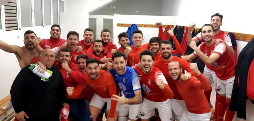 Golpe sobre la mesa del 'Campa' tras imponerse en Villafranca (0-1)