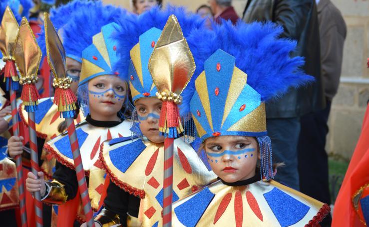 Colorido y alegría en el carnaval infantil de Campanario