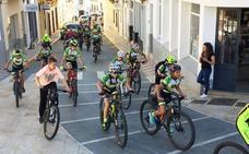 Decenas de participantes en el 'Día de la Bicicleta'