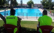 Abierto el plazo para integrar la bolsa de empleo de socorristas y taquilleros para la piscina
