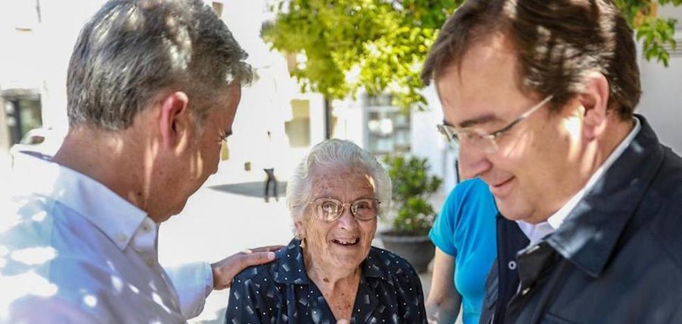Fernández Vara visita Campanario en el penúltimo día de la campaña electoral