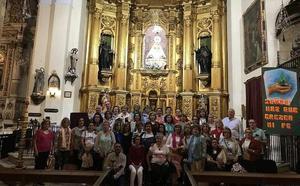 Un grupo de peregrinos visita el santuario de Ntra. Sra. Reina de los Ángeles en la provincia de Huelva