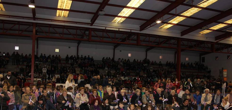 La Comunidad Educativa de nuevo unida contra la violencia hacia la mujer