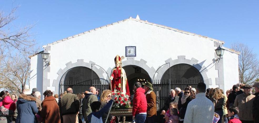 San Blas celebra su día, pero sin seguidores a la romería