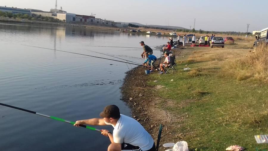 La temporada de pesca se adelanta al 4 de abril y se creará una escuela deportiva para niños