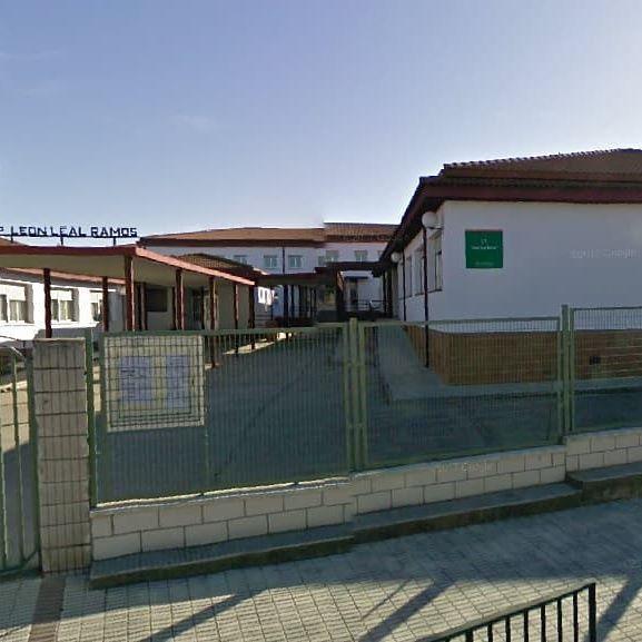 La reforma del colegio sigue a la espera de fecha para su ejecución