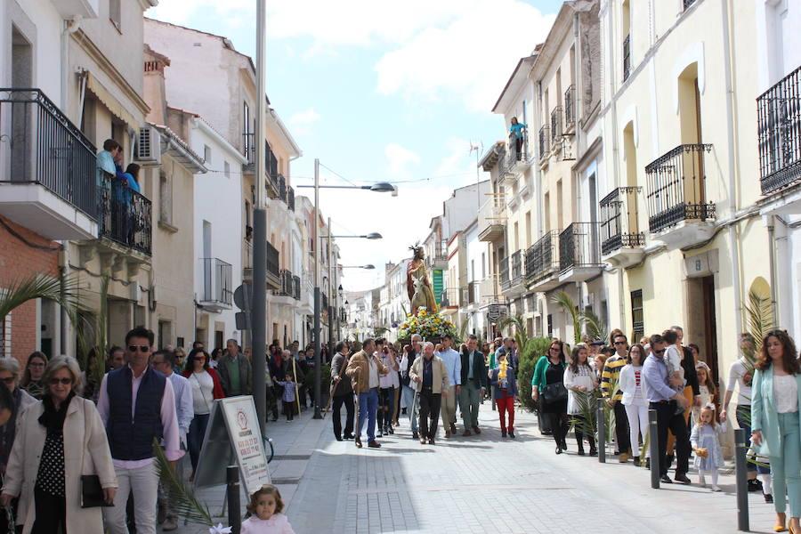 La Burrina, muy arropada en su desfile de este Domingo de Ramos