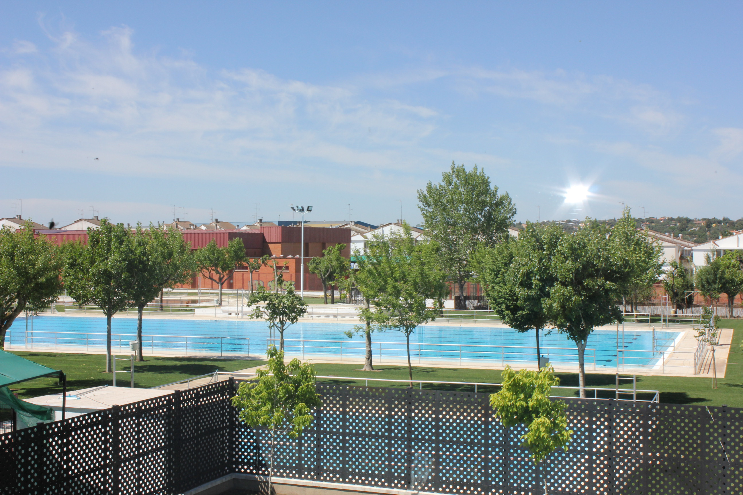 Los empadronados estrenarán la piscina este viernes de forma gratuita