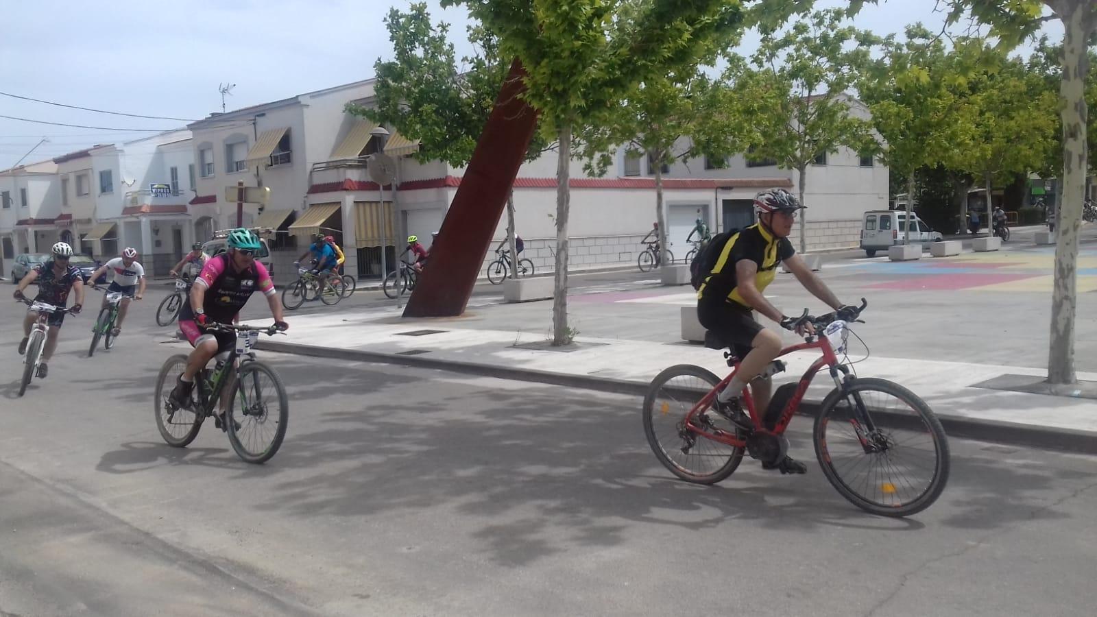 111 ciclistas participan en la III Ruta BTT de Casar de Cáceres