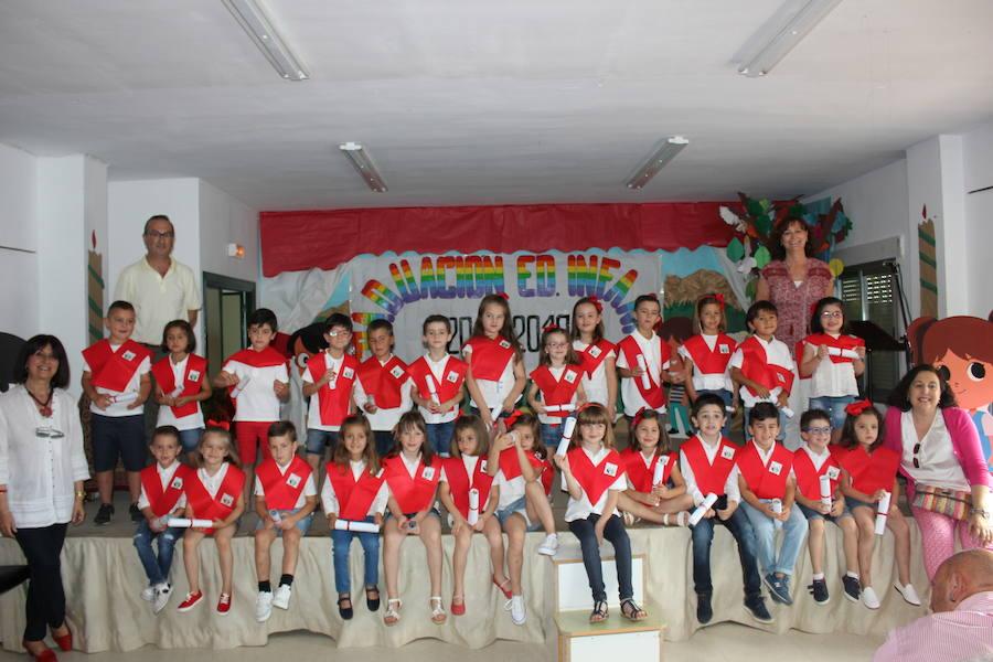Se gradúa la generación más minoritaria del León Leal Ramos