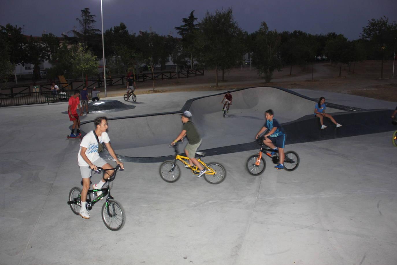 Practicar skate está de moda en Casar de Cáceres