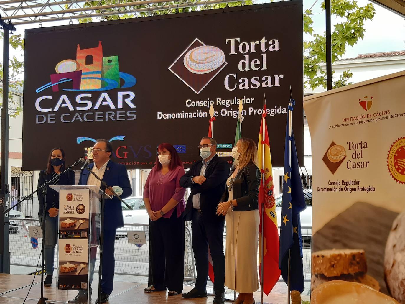 Arranca la V Feria Europea del Queso de Casar de Cáceres