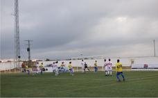 El CD Castuera cayó derrotado ante el colista CD Valdelacalzada (0-1)