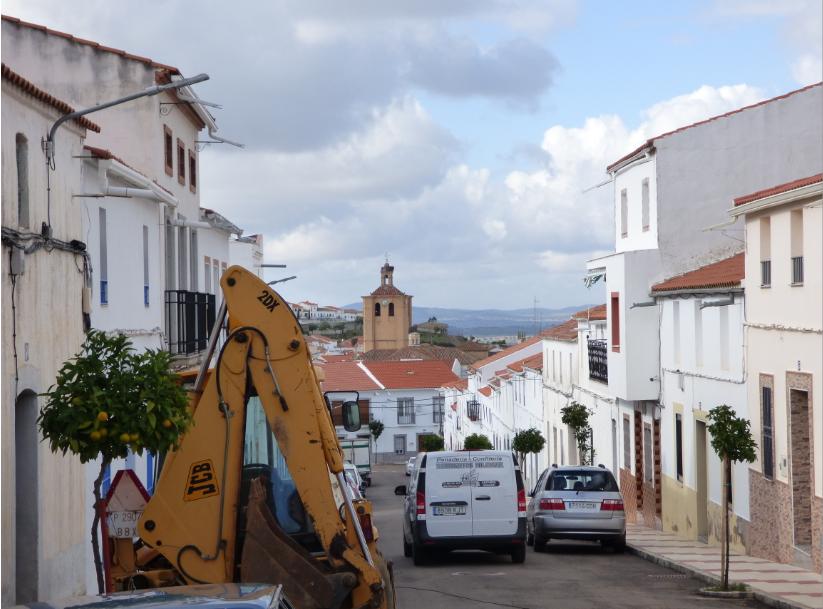 Incrementa la presión y el caudal de agua en la calle Fray Mateo tras las obras de mejora en la red de abastecimiento