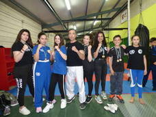 Lluvia de medallas en el campeonato regional de Kickboxing para el 'Fight Club' de Castuera