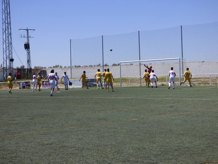 El CD Castuera, ya descendido, cierra la temporada en Valdivia