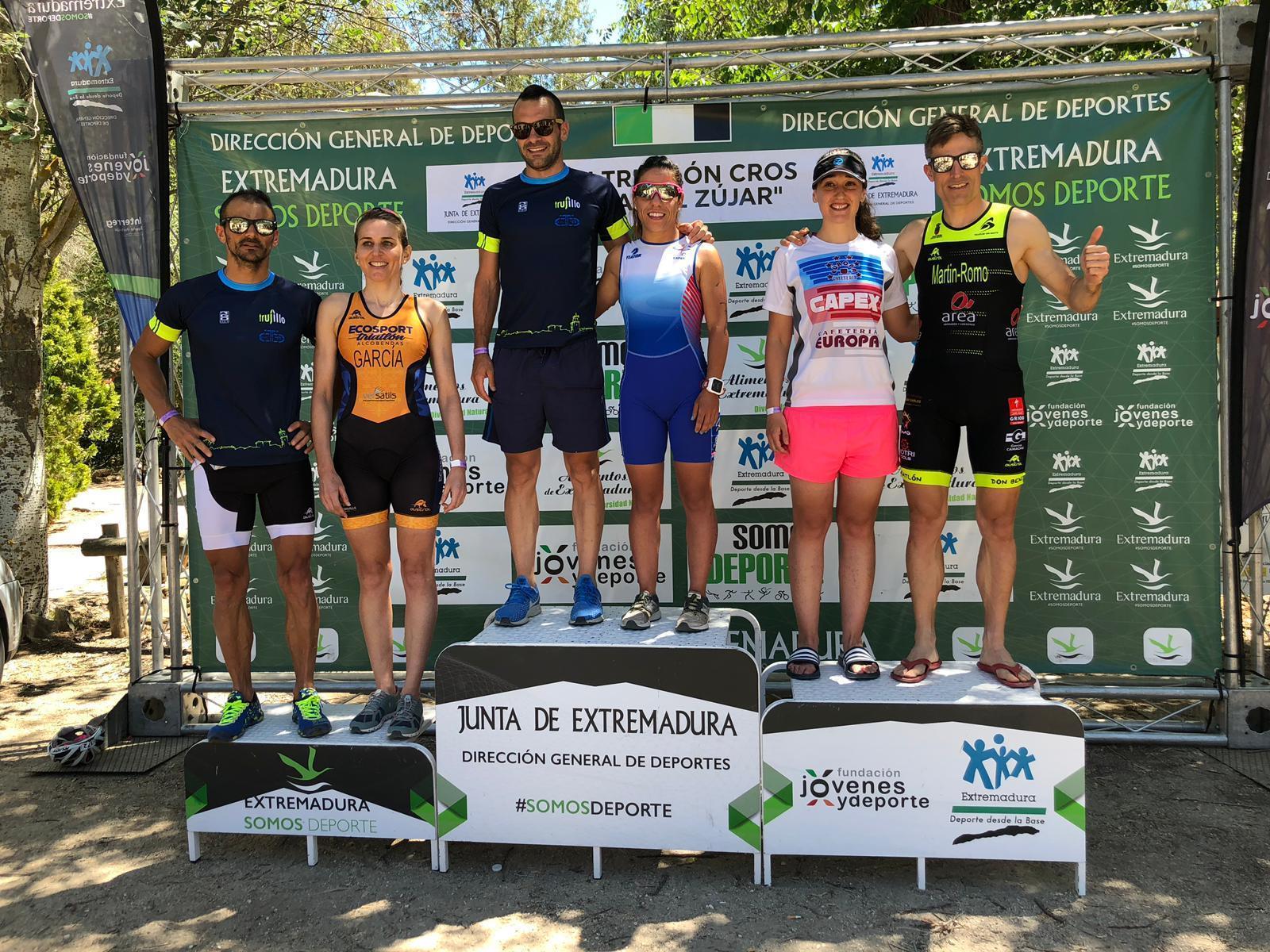 Éxito de participación y organización en el Campeonato de Extremadura de Triatlón Cross celebrado en la Isla del Zújar