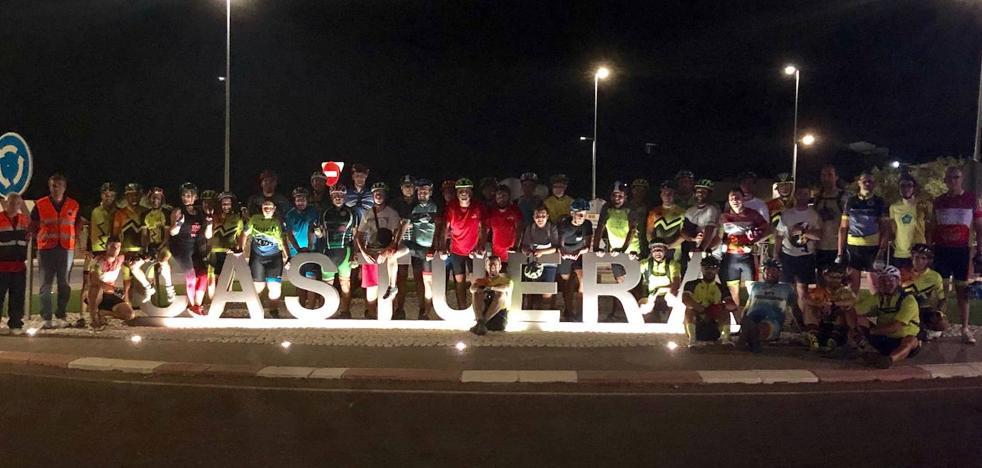 La ruta ciclista nocturna 'Perseidas 19' repite éxito de participación