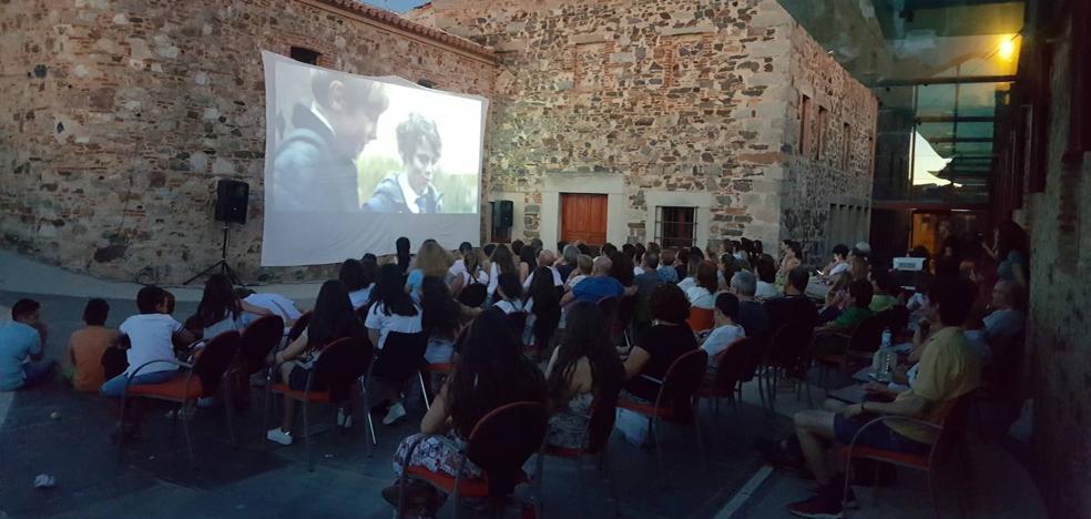 El Festival de Cortometrajes 'CortoEspaña' comienza esta noche en el Patio del Museo del Turrón