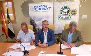 Corderex y CASAT renuevan su convenio anual en la 34 edición general del Salón Ovino